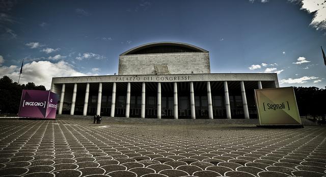 Abusi edilizi la malaparte - Architetto palazzo congressi roma ...